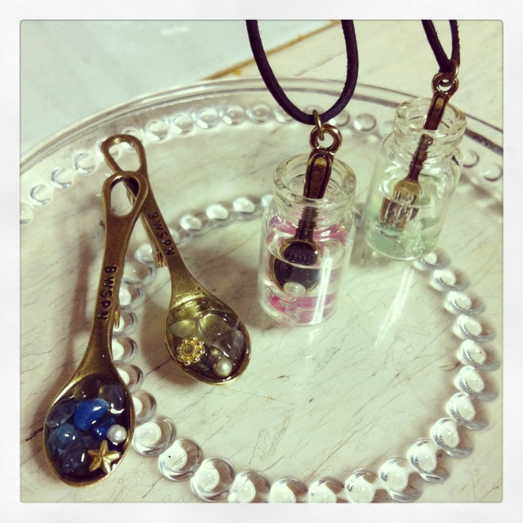 Necklace & Broach